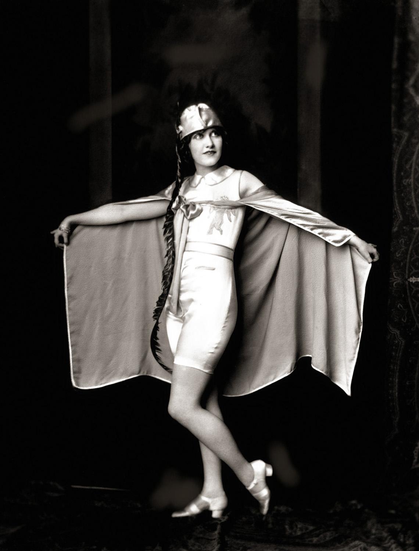 1920s women risque - 3 part 5