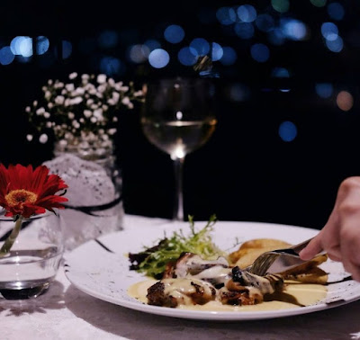 Restoran Romantis di Bandung yang Keren Banget