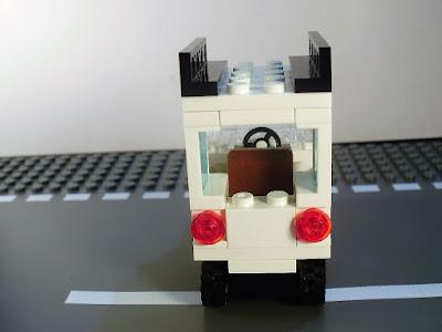 MOC LEGO duas gerações Land Rover