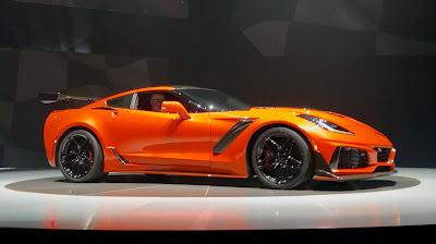 Chevrolet Corvette Stingray 2018 Review, Specs, Price