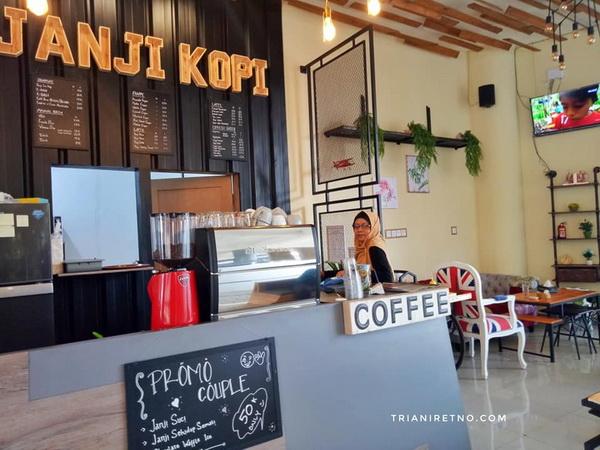 janji kopi coffee shop baru di bandung timur