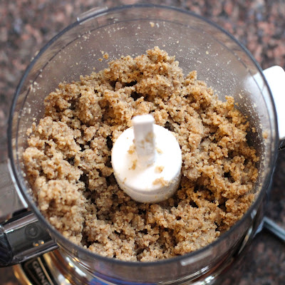EASY Healthy Homemade Pecan Butter made all natural, sugar free, low carb, gluten free, and vegan! No hydrogenated oils or trans fats whatsoever!