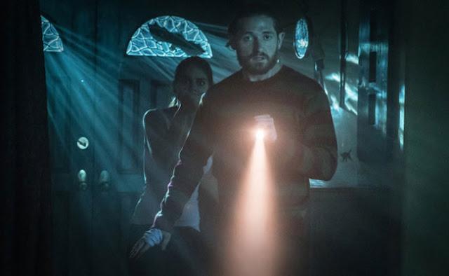 Fear, Inc.-filmesterrortorrent.blogspot.com.br