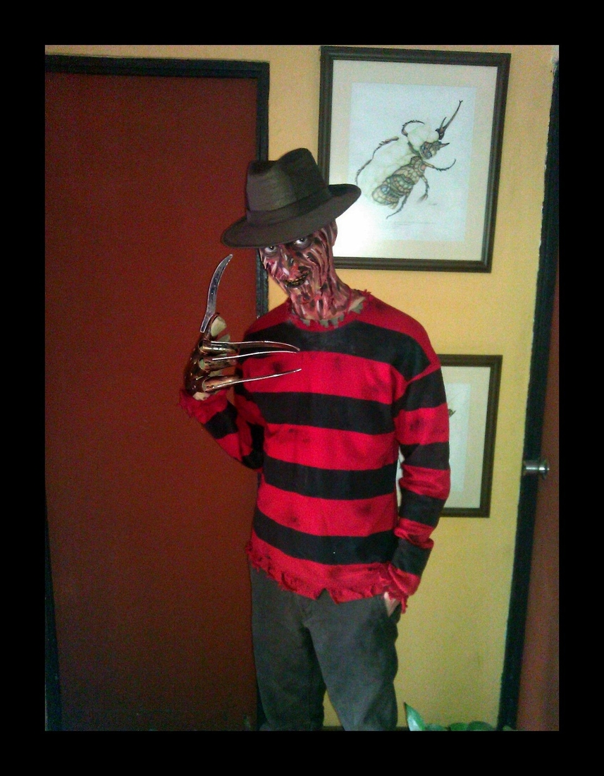 08-Freddy-Krueger-A-Nightmare-on-Elm-Street-Sagot-Body-Paint-Eclectic-Collection-of-Body-Painting-Make-Ups-www-designstack-co