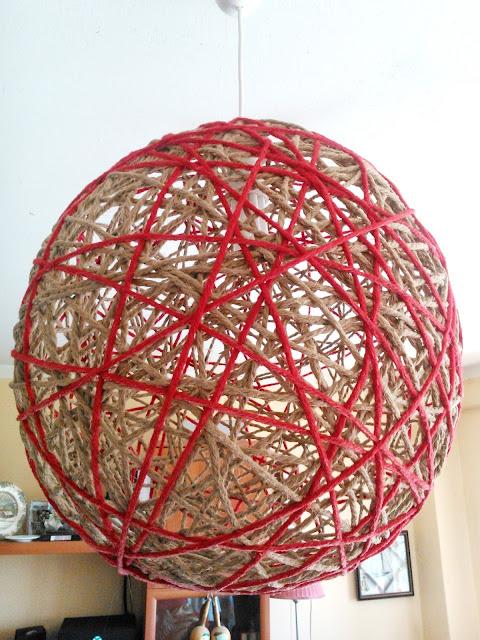 Lámpara DIY con cuerda y lana de día