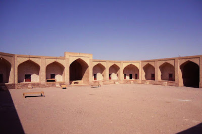 The rooms and arcs of Maranjab Csatle.