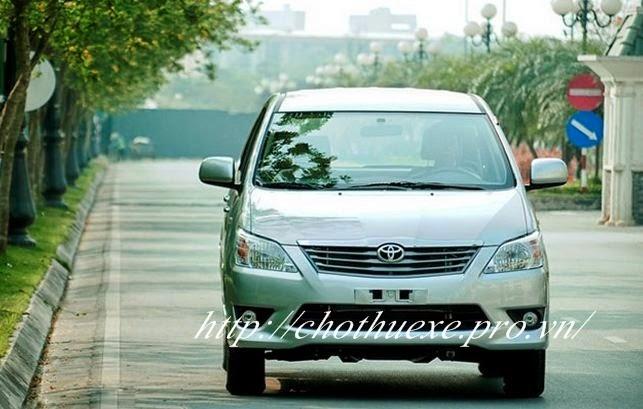 Cho thuê xe Innova 7 chỗ Toyota Innova