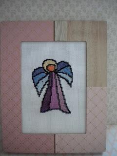 184—Witrazowe aniołki