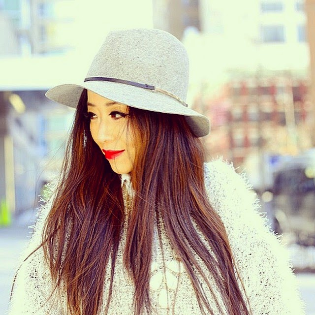 Janessa Leone Victoria hat, sheinside sweater,kendra scott harlie statement necklace