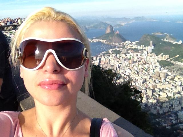 http://4.bp.blogspot.com/-EIrOaRho7oI/UILcDtlaJ1I/AAAAAAAAKUY/VjDBZB7qYow/s1600/Helaine+Rondon+Pires.JPG