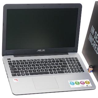 Laptop ASUS VivoBook X555Q Baru di Malang