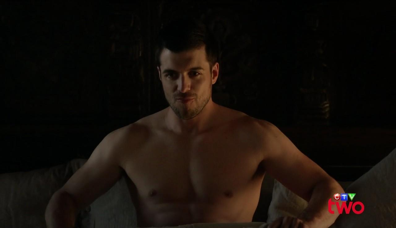 Shirtless Men On The Blog: Dan Jeannotte Shirtless