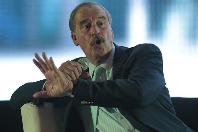 Vicente Fox pide no eliminar el dinero a los partidos políticos