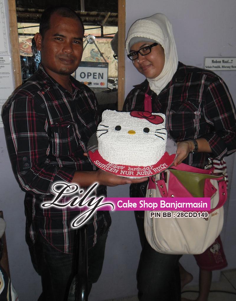 Lily Cake Shop Banjarmasin Pelanggan Pasangan Romantis