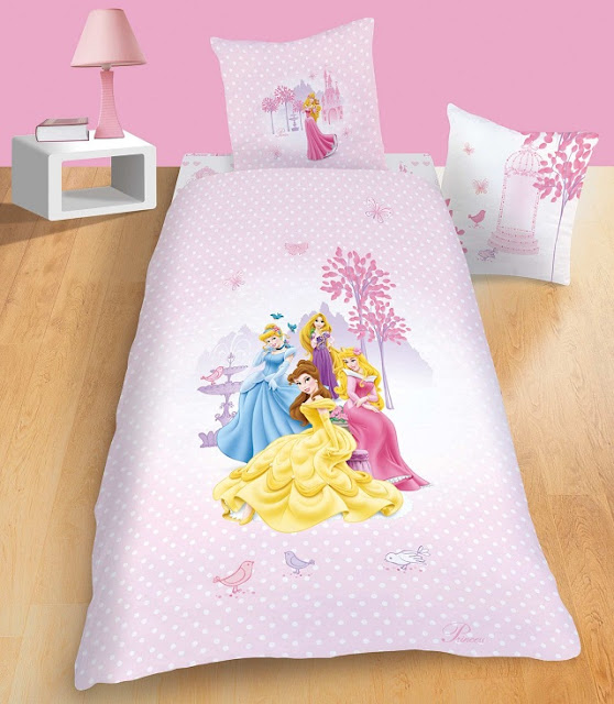 Chambre en rose princesse disney