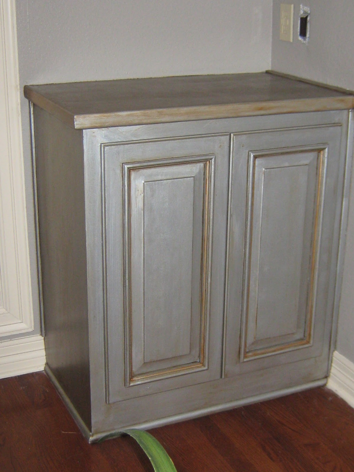 Antique Faux Paint Bathroom Cabinets