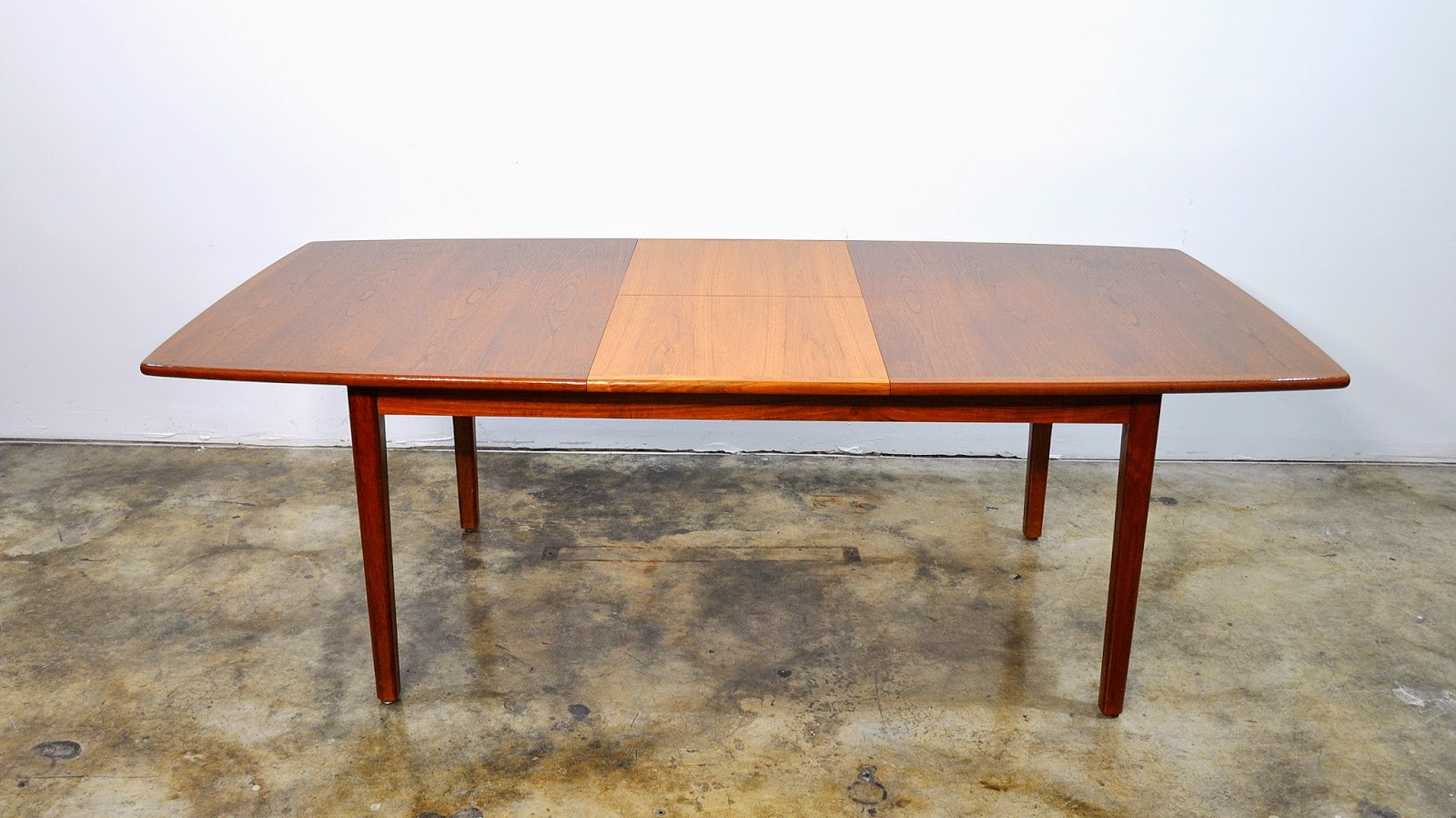 SELECT MODERN Falster Teak Expandable Dining Table : FalsterTeakDiningTable2 from midcenturymoderndesignfinds.blogspot.com size 1600 x 899 jpeg 277kB