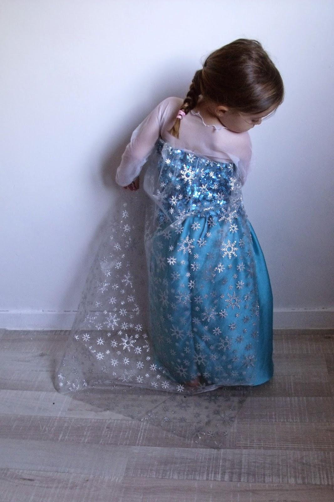 Tutoriel du costume d'Elsa Reine des neiges pour une petite fille