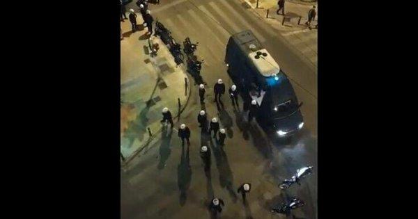 Στο Αυτόφωρο οι συλληφθέντες στην πλατεία Αγίου Γεωργίου στην Κυψέλη