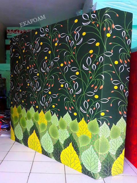 Kasur inoac corak motif hijau daun