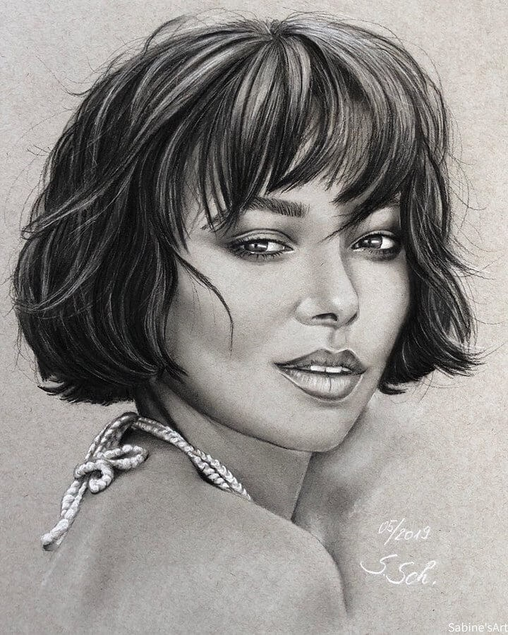 08-Kat-Graham-Sabine-S-Charcoal-Portraits-Realistic-Drawings-www-designstack-co