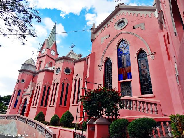 Fachada da Paróquia Divino Espírito Santo - Bela Vista - São Paulo