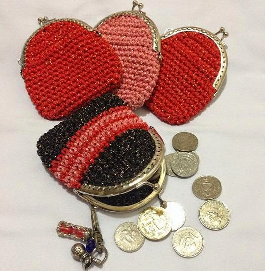 Metal framed crochet coin purse