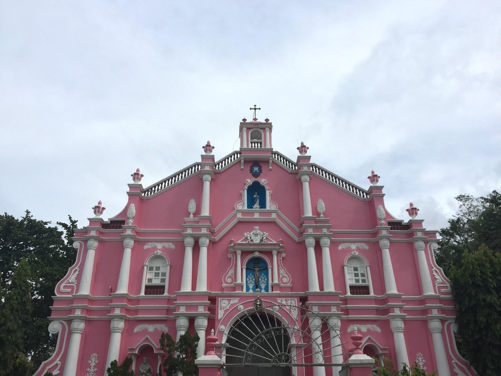 Experience Filipino Culture at Villa Escudero