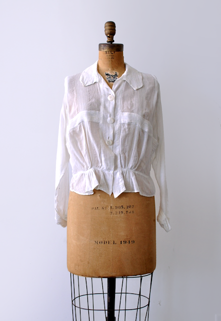 1910 white cotton top