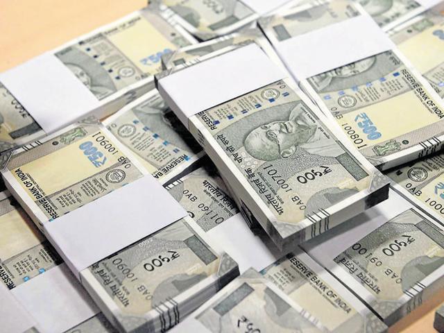 बीजेपी और कांग्रेस को 20,000 रुपये से अधिक राशि