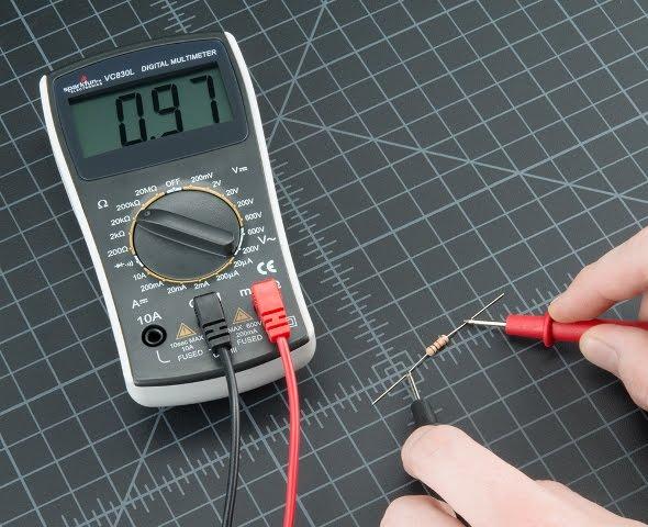 Tutorial Menggunakan Multimeter / AVOmeter untuk Pemula