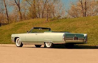 1966 Cadillac Eldorado Cabriolet Green Rear Left