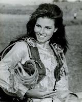 Raquel Welch sexy skydiver