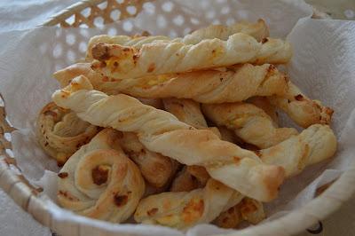 Бързи соленки със сирене