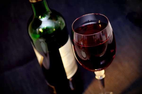 Vinho tinto é realmente bom para saúde?