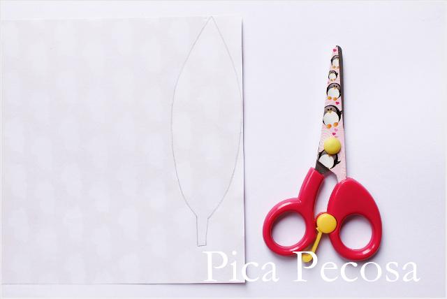 como-hacer-tocado-indio-plumas-papel-diy-paso-2