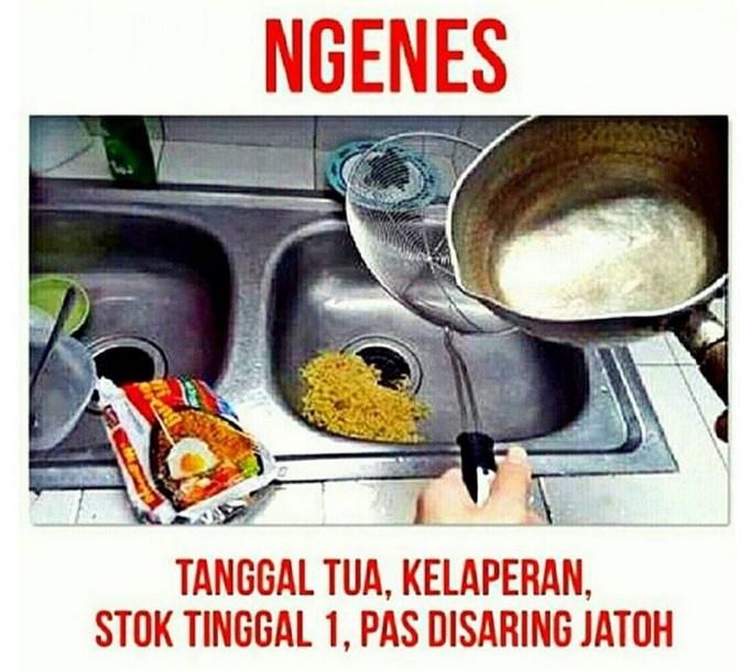 Gambar DP meme lucu buat komen terbaru bulan Ramadahan anak kos mie goreng tumpah
