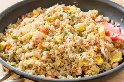nasi goreng - menu sarapan pagi sederhana rumahan