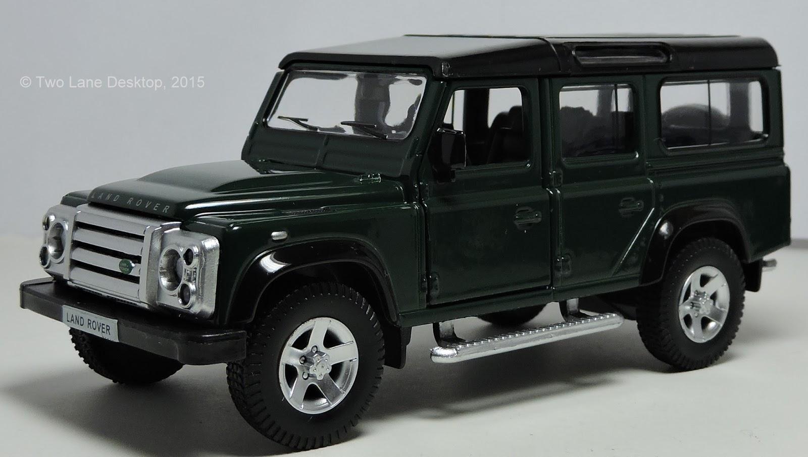 Car Toys Federal Way: Two Lane Desktop: RMZ City 1:40 And Matchbox 1:64 Land