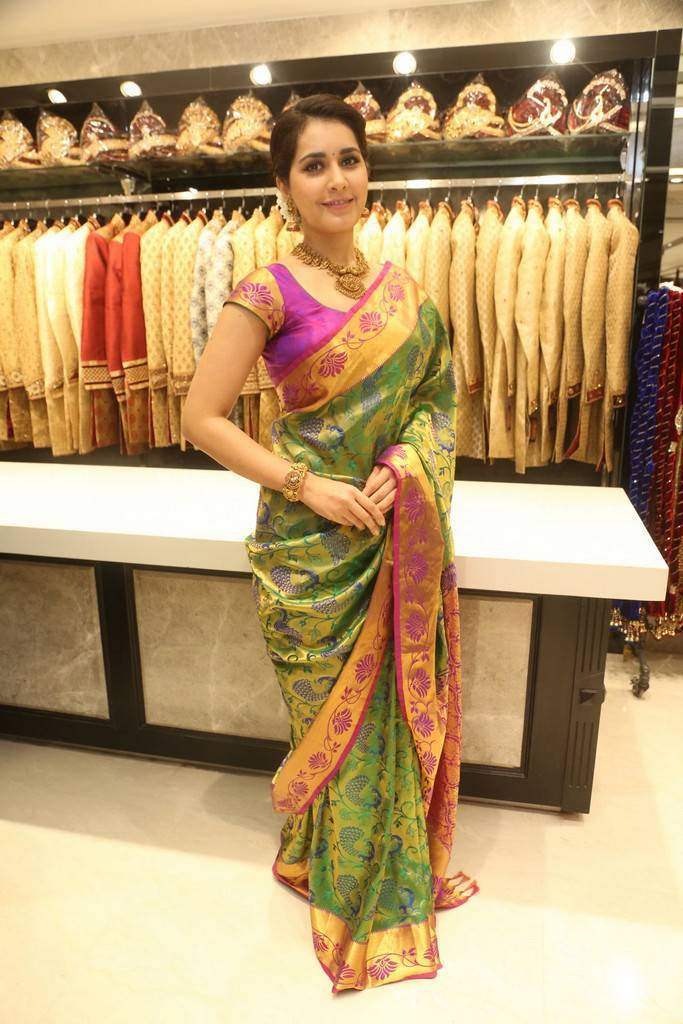 Rashi Khanna Photos At South India Shopping Mall Launch