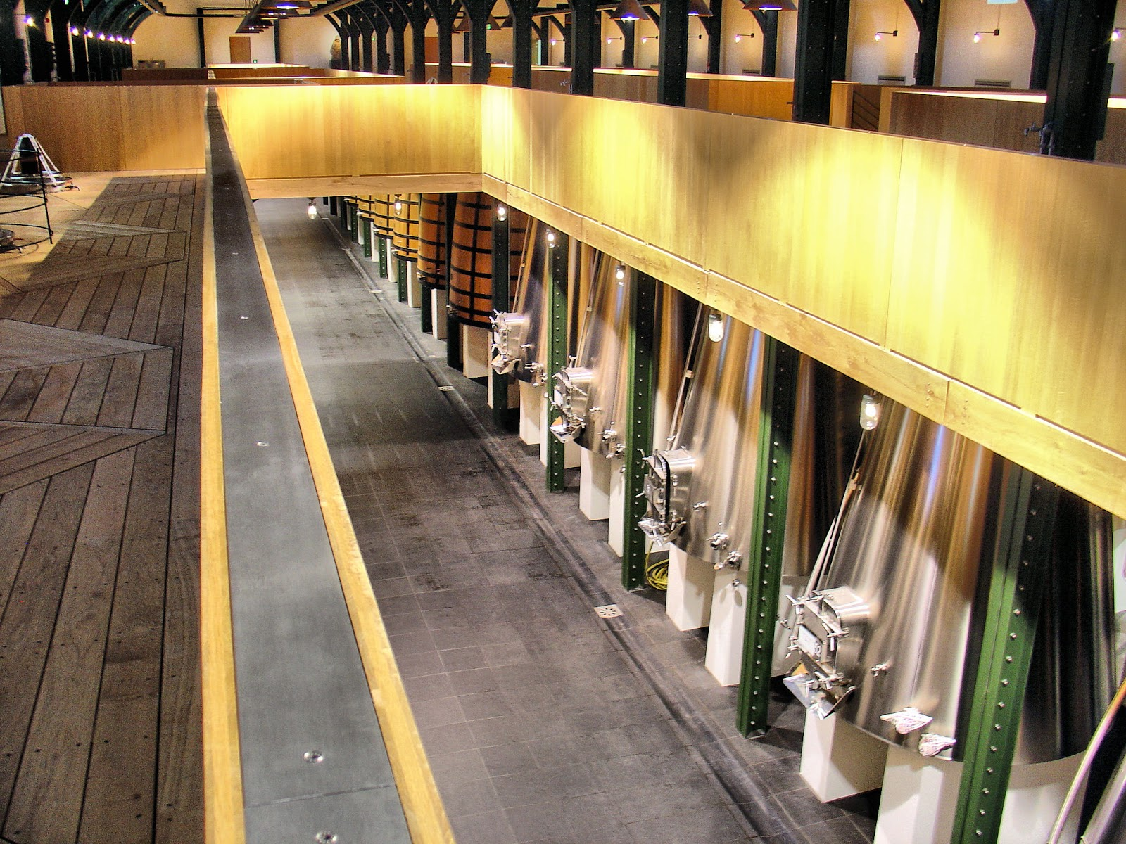 From vine to wine! Here are the stainless-steel and oak vats near the back.