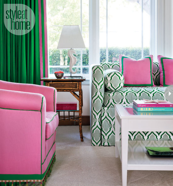 Mix And Chic: Home Tour- A Bright And Preppy Miami Guest
