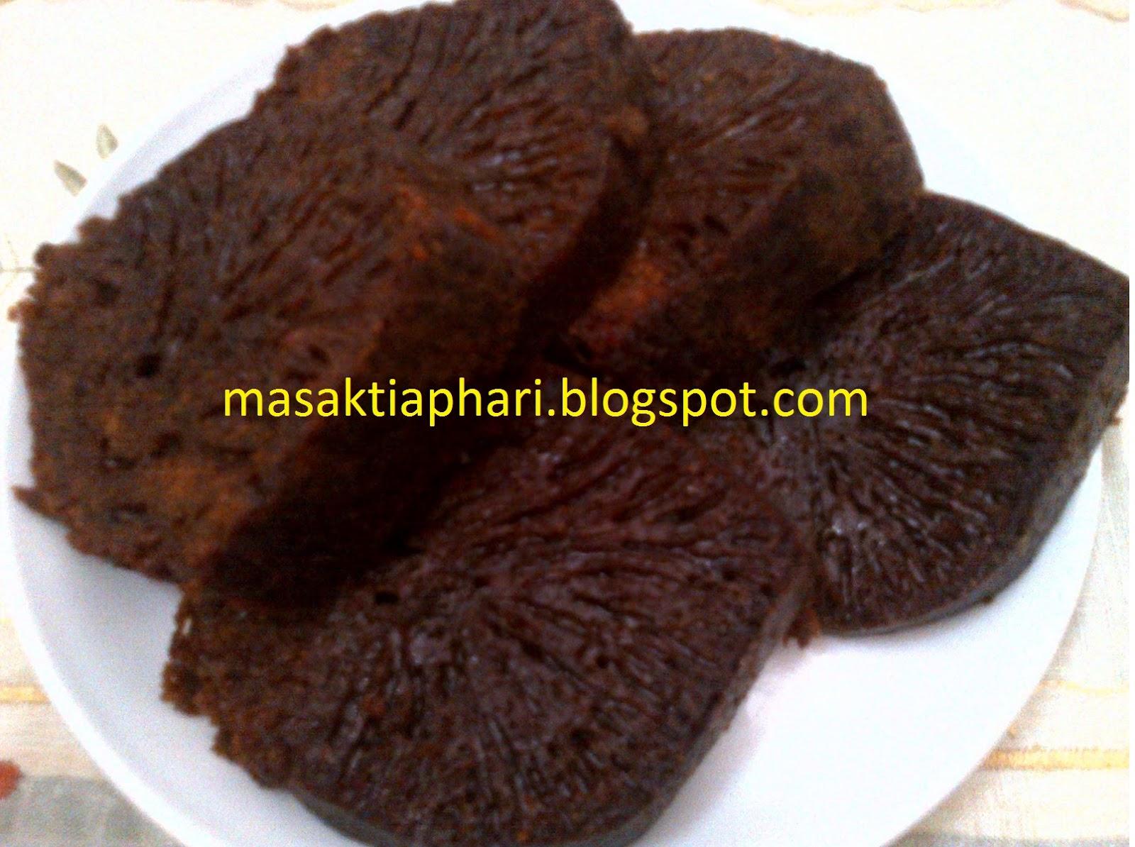 Resep Bolu Karamel Kukus Lembut Empuk dan Mudah | Kumpulan Resep ...