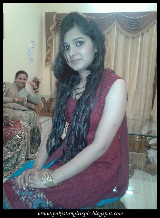 Pakistani Girls Pictures Gallery: 10/08/12
