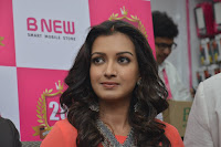 Catherine Tresa in Orange Kurti top and Plazzo at Launches B New MobileStore at Kurnool 10.08.2017 023.JPG