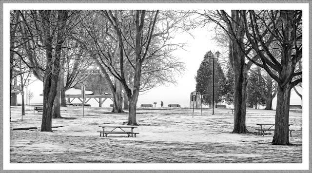 Couchiching Beach Park in Orillia, winter 2005. ©J. Gracey Stinson