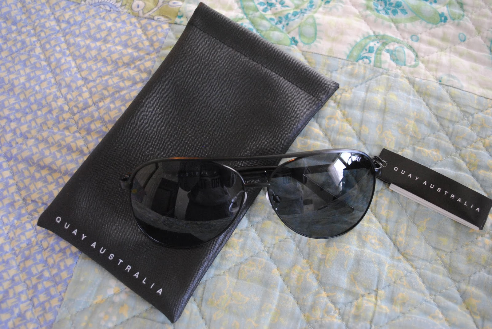 ecaad74f95 The last thing I got in my box was the Quay Australia Vivienne sunglasses  in the color black smoke. This was also a choice item.