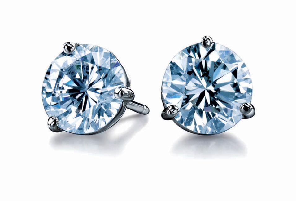 SHE FASHION CLUB: Diamond Earrings For Girls