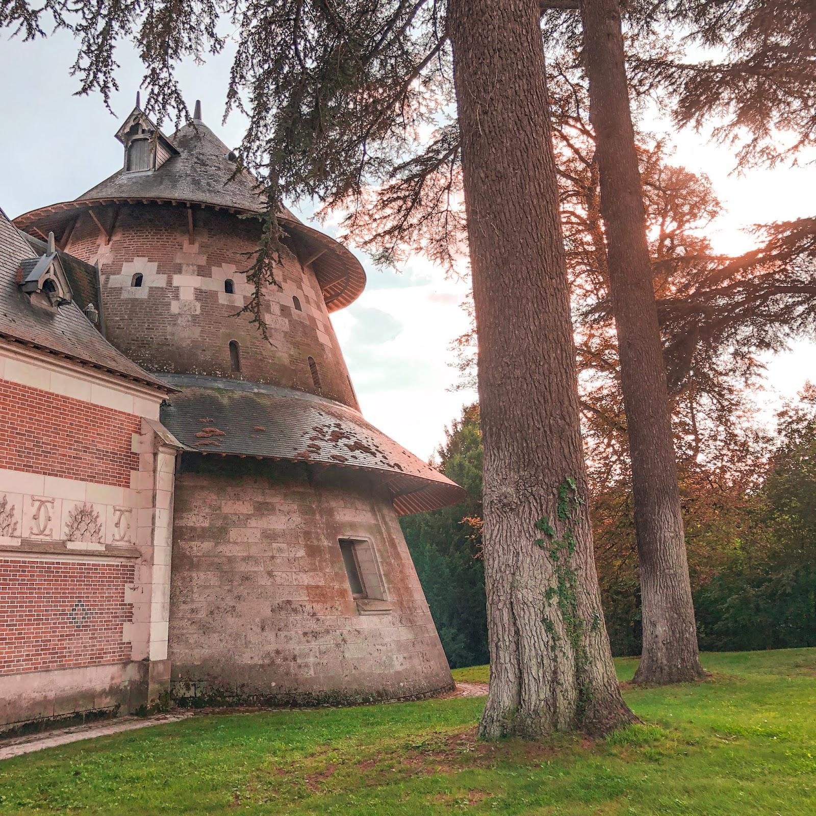 The New Blacck - Orléans - Blog - Chaumont sur Loire - Extérieur - écuries