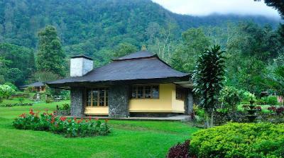 Hotel dekat gitgit Handara Golf & Resort Bali